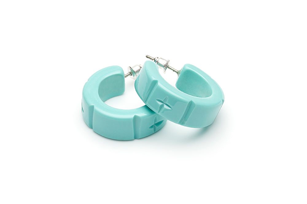 1940s style humanitea turquoise heavy carve hoop earrings