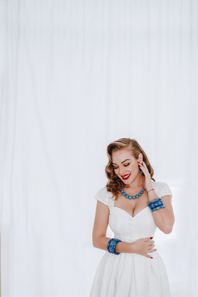 Splendette vintage inspired 1950s style Spring 2021 blue carved Duotone Forget-Me-Not and Cornflower fakelite jewellery modelled by Blossom & Buttercups