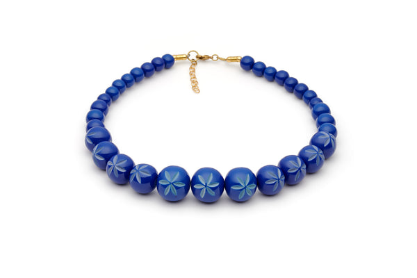 Splendette vintage inspired 1950s style Spring 2021 blue Duotone fakelite Cornflower Carved Bead Necklace