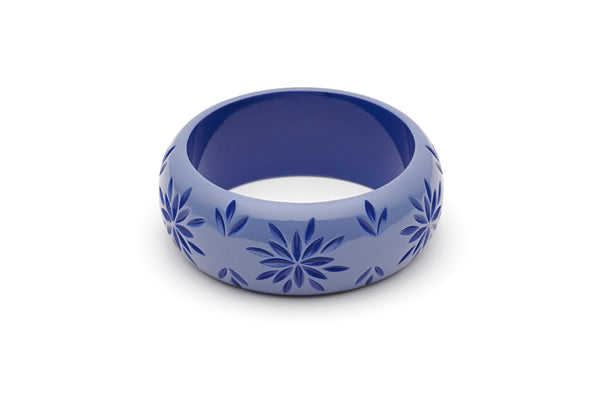 Splendette vintage inspired 1950s style blue Duotone fakelite Wide Forget-Me-Not Carved Bangle in Classic size