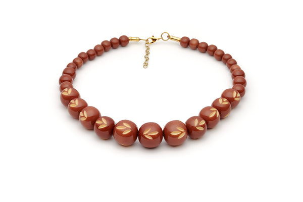 Splendette vintage inspired 1950s style brown carved Duotone fakelite Café Carved Bead Necklace