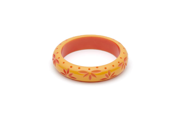 Splendette vintage inspired 1950s Bakelite style peachy yellow Duotone fakelite Midi Honeysuckle Carved Bangle in Maiden size
