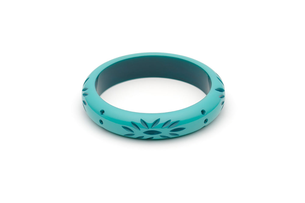 Splendette vintage inspired 1950s style turquoise Duotone fakelite Midi Nymph Carved Bangle in Classic size