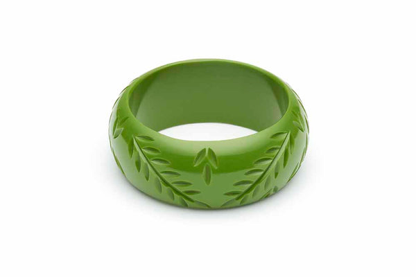 Wide Leaf Green Fakelite Bangle