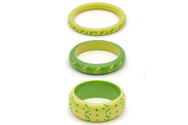 Splendette vintage inspired 1950s style bright green carved Duotone fakelite Zest & Lime Set of 3 Bangles