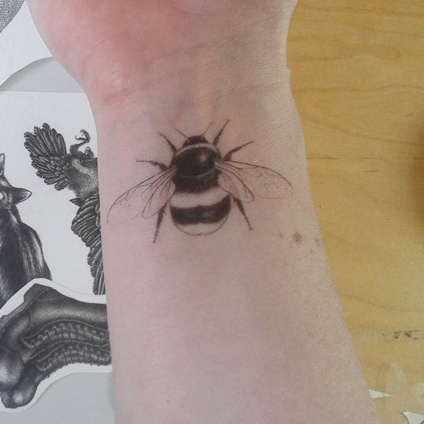 Bumble bee temporary tattoo