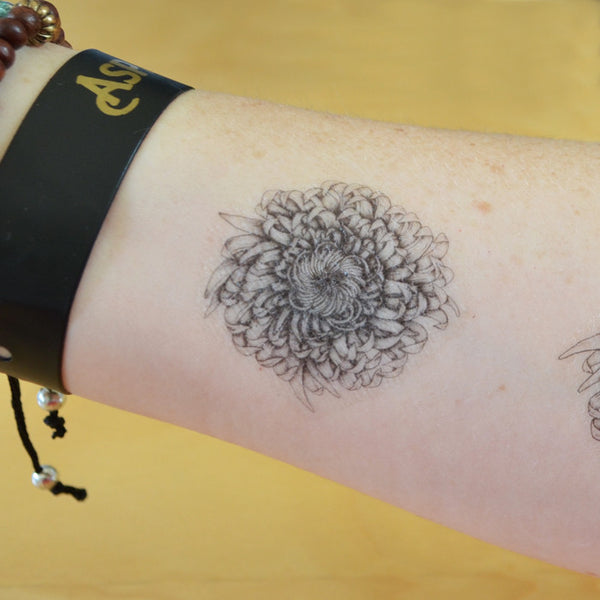 Set of 3 temporary tattoos. Plants and flowers.