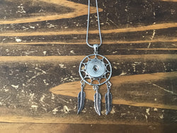 Pearl Snaps Dreamcatcher Necklace