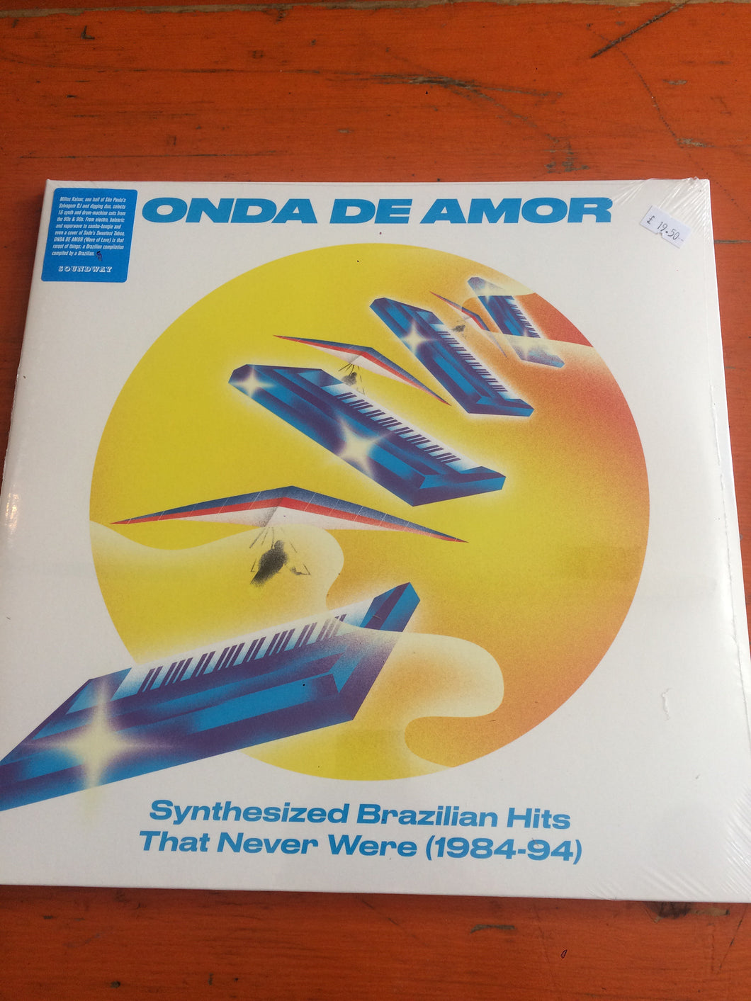 Various Artists - Onda De Amor: Synthesized Brazilian Hits That Never Were (1984-94)