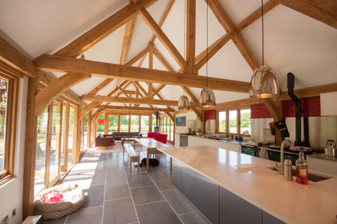king post trusses in a vaulted kitchen