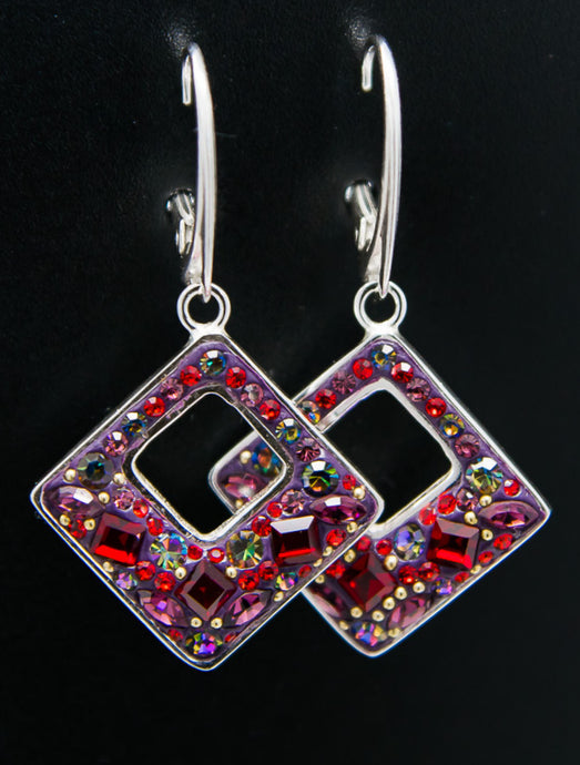Bordeaux Hollow Rhombus Dangle Earrings