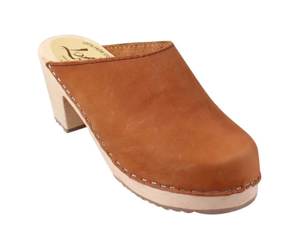High Heel Classic Clog in Brown Oiled Nubuck