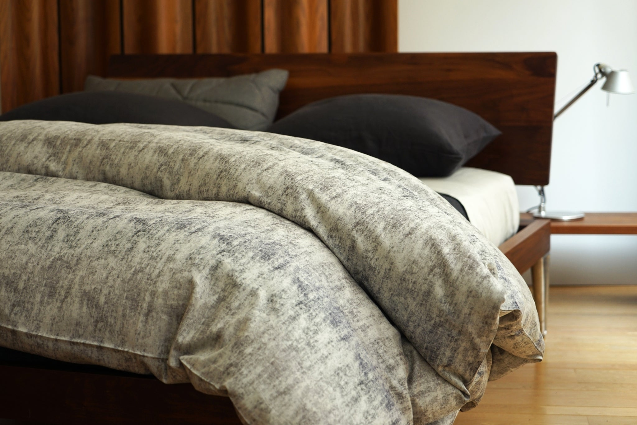 LEO bedding collection