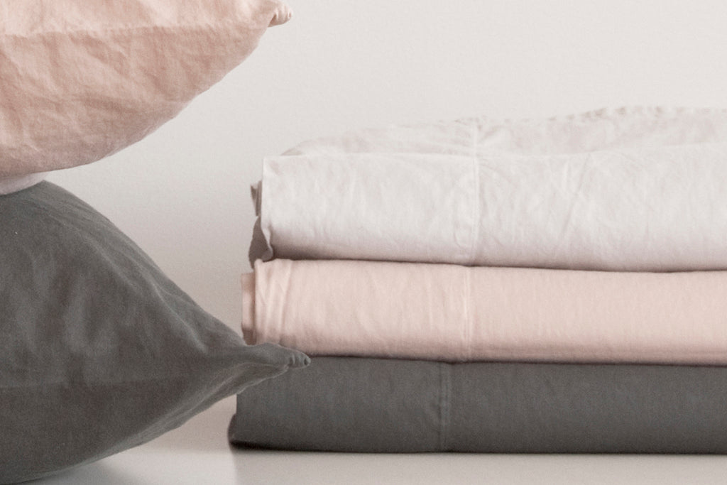 PERLA powder, porcelain, slate sateen cotton sheets