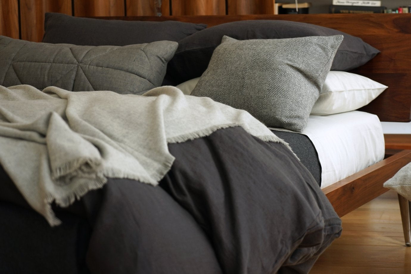 how to layer your bed