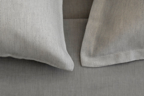 RAY grey pillow cases