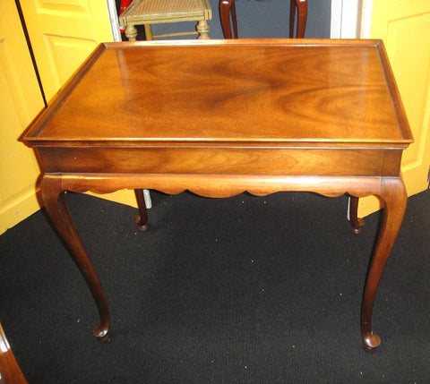 Queen Anne Mahogany Side Table (#1150) - Vintage Affairs - Vintage By Design LLC