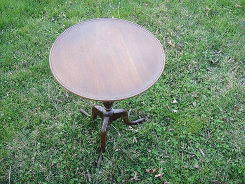 Walnut Round Jallen and Hellen Side Table (#1175D) - Vintage Affairs - Vintage By Design LLC