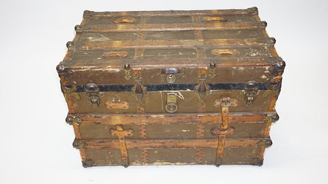 Antique Steamer Trunks (#1018)