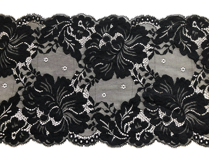 Black Wide Scalloped Lace 18 cm/7.5
