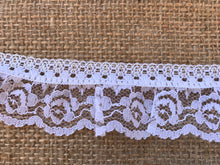 Pretty White & Silver Gathered Lace 4 cm/1.5""