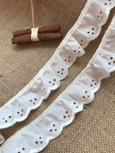 "Ivory Cream Cotton ""Cherry"" Broderie Anglaise Gathered  Lace 3.8 cm/1.5"""