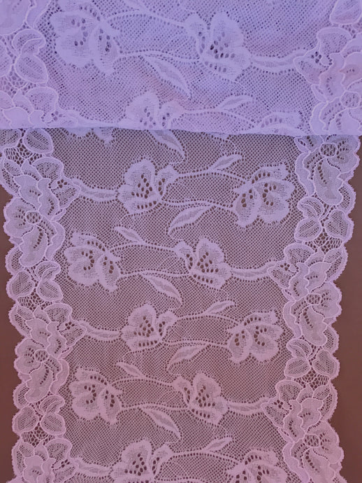 Soft Lilac Stretch Wide French Lace 21 cm/8.5