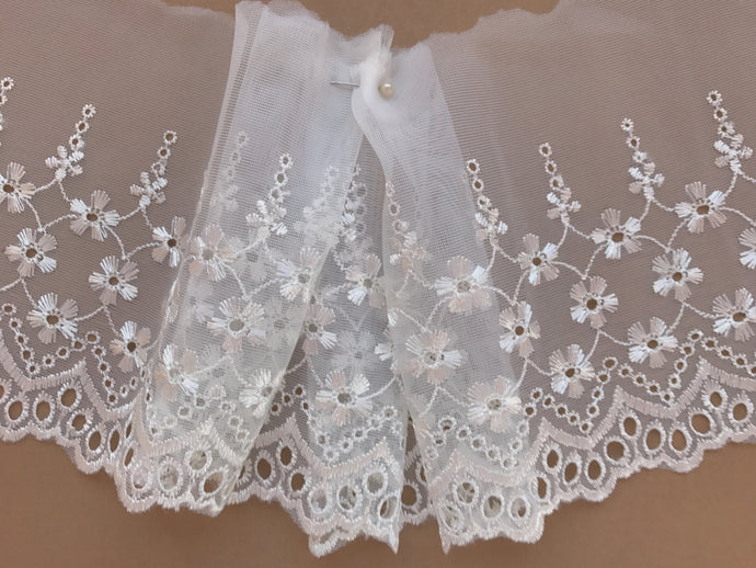 Ivory Embroidered Voile Scalloped Lace 15 cm/6