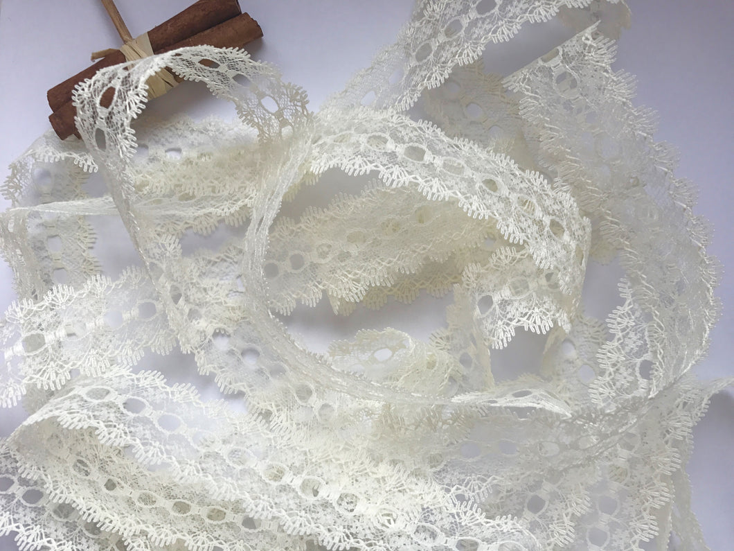 Cream Eyelet Knitting in Lace 35mm