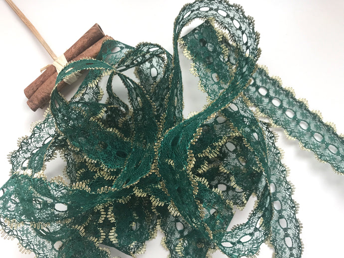 Green/Gold Eyelet Knitting in Lace 35mm