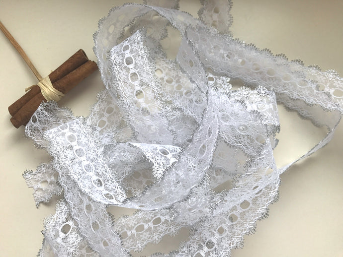 White/Silver Eyelet Knitting in Lace 35mm