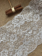 Beautiful Ivory Delicate French Rose Lace 17cm/6.75""