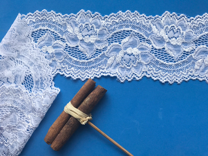 White Silky Soft Stretch Lace 9 cm/3.5