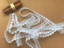 *NEW* Single Edge White/Blue Eyelet Knitting in Lace 18 mm