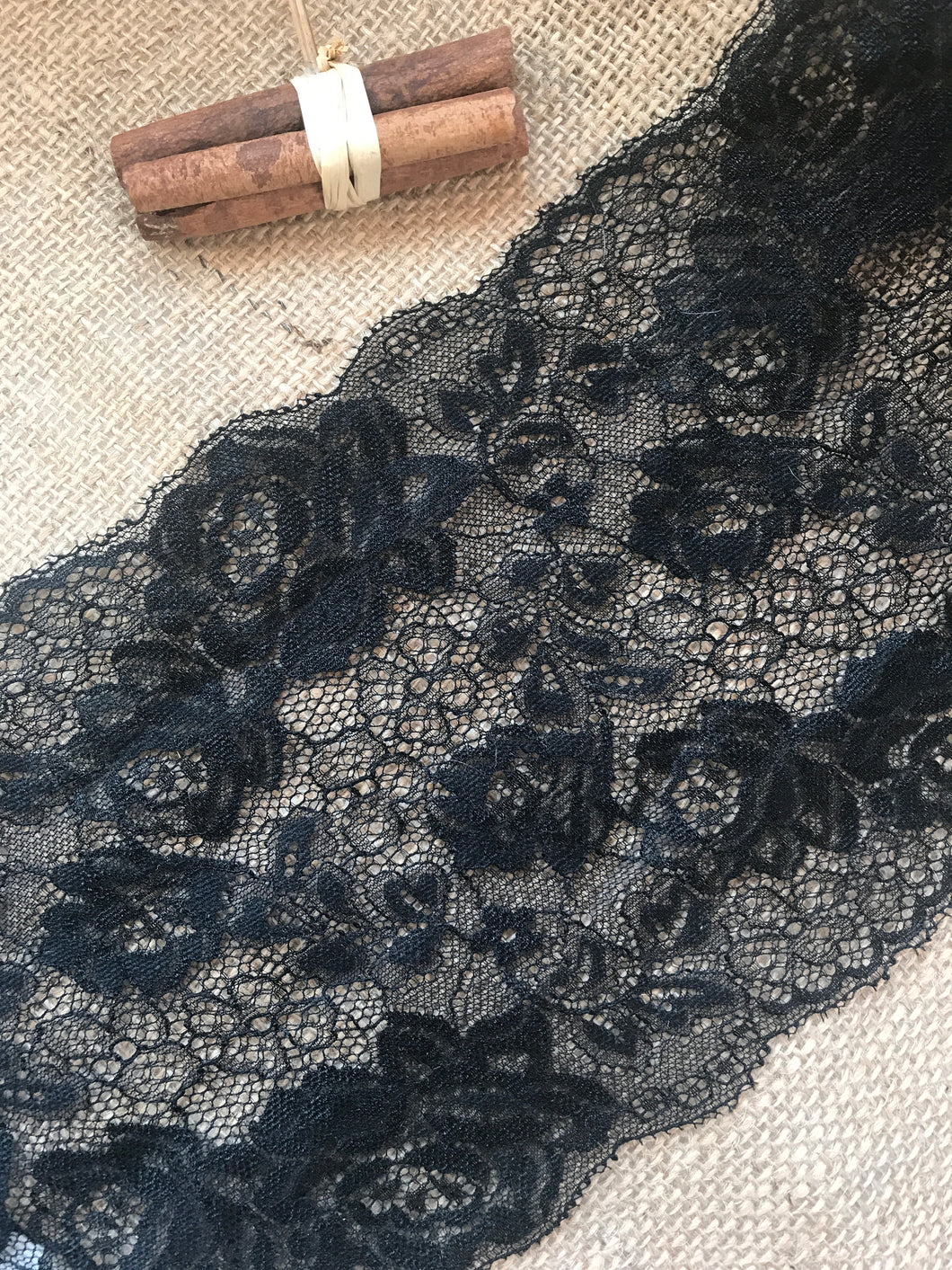 Beautiful Black Floral Delicate Lace Trimming 6.5