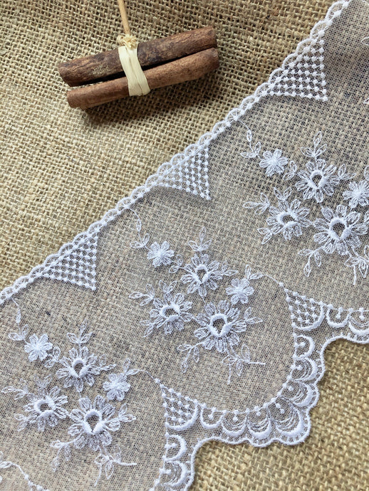 Stunning Delicate White French Embroidered French Tulle 15.5 cm