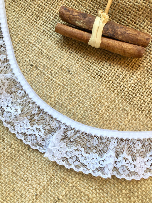 Pretty White Quality Gathered Fine Lace 4 cm/1.7