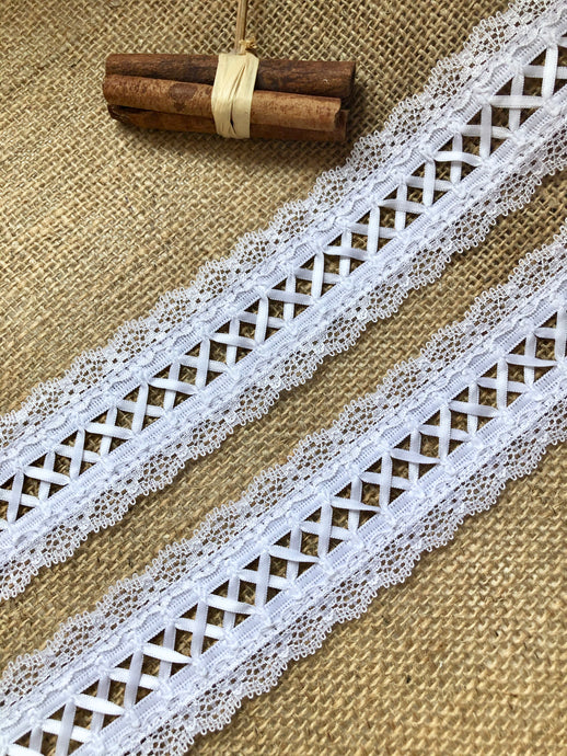 Beautiful Nottingham White Ribbon Lacing & Lace  Trim 5 cm/2