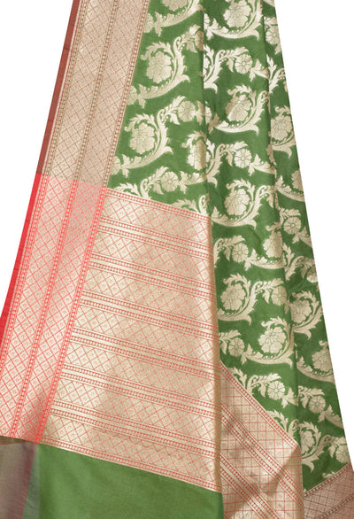 Parrot Green Banarasi Dupatta with artistic diagonal Floral jaal (2) Close up