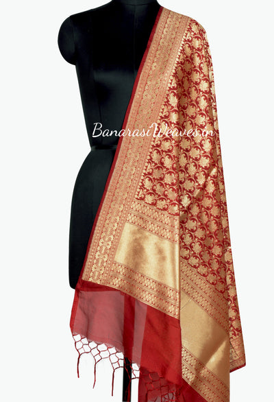 Berry color  Banarasi Dupatta with Tulip Jaal (1) Main