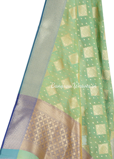 Sea Green jacquard woven Banarasi dupatta with patterned motifs (2) Close up