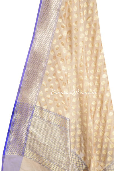 Beige Banarasi dupatta in boota zari work (2) Close up
