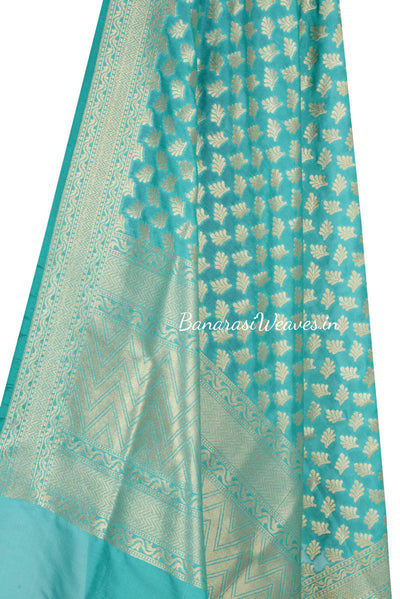 Light Green Art Silk Banarasi Dupatta with artistic flower booti (2) Close up