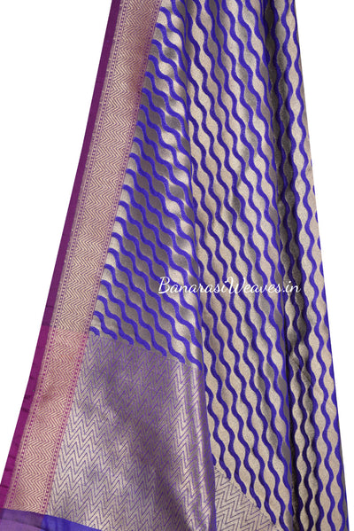 Purple Art Silk Banarasi Dupatta with stylized diagonal jaal (2) Close up