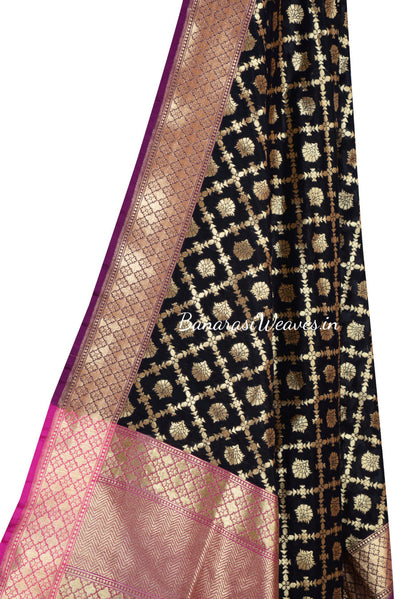Black Art Silk Banarasi Dupatta with floral motifs in grid pattern jaal (2) Close up