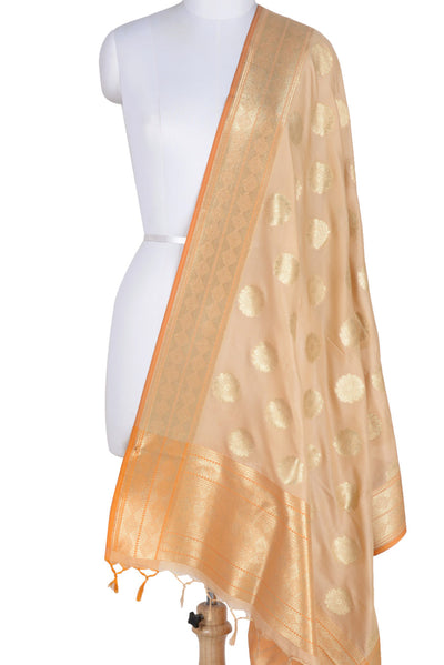 Beige Banarasi Dupatta with pleasant flower motifs (1) Main
