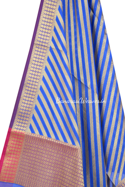 Blue Art Silk Banarasi dupatta with diagonal stripe of gold zari (2) Close up