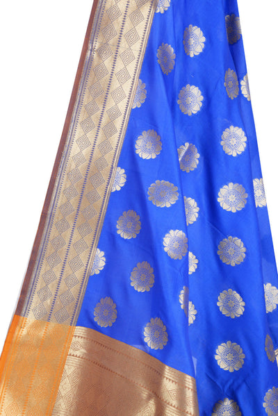 Blue Banarasi Dupatta with pleasant flower motifs (2) Close up