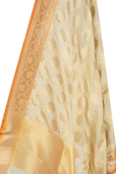 Cream Banarasi Dupatta with exquisite flower motifs (2) Close up