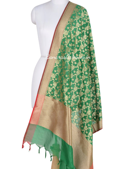 Green Art Silk Banarasi dupatta with leaf motifs in artistic floral jaal (1) Main